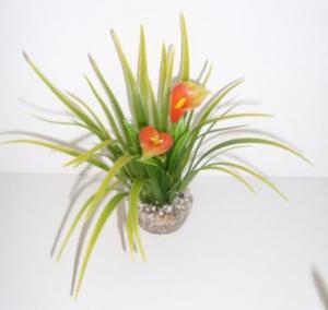 Buisson vert avec Calla ou Anthurium plastique coloré - Labéo - 11 cm