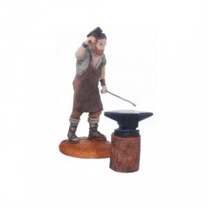 Figurine Forgeron avec enclume 10 cm. Sachet cab.