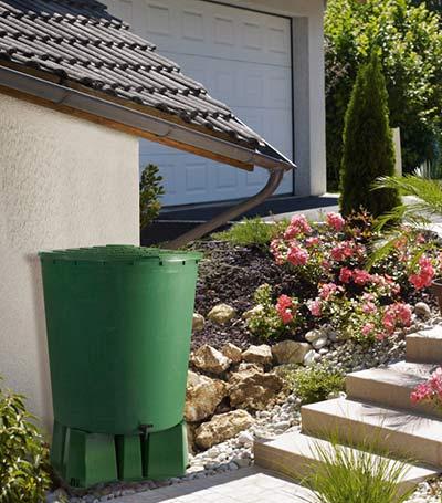 Récupérateur eau de pluie pour jardin